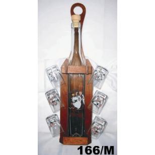 Fľaša s pohármi v drevenom stojane motív myši