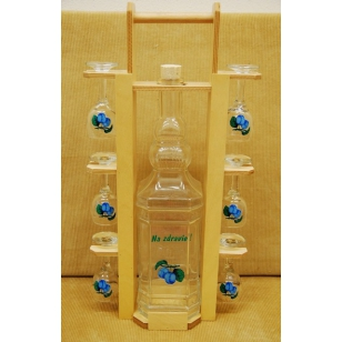 Fľaša 2Lv drevenom stojane s pohármi ovocie
