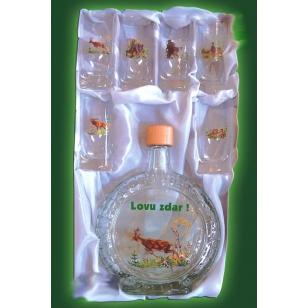 Fľaša slivovica s pohármi poľovnícky motív